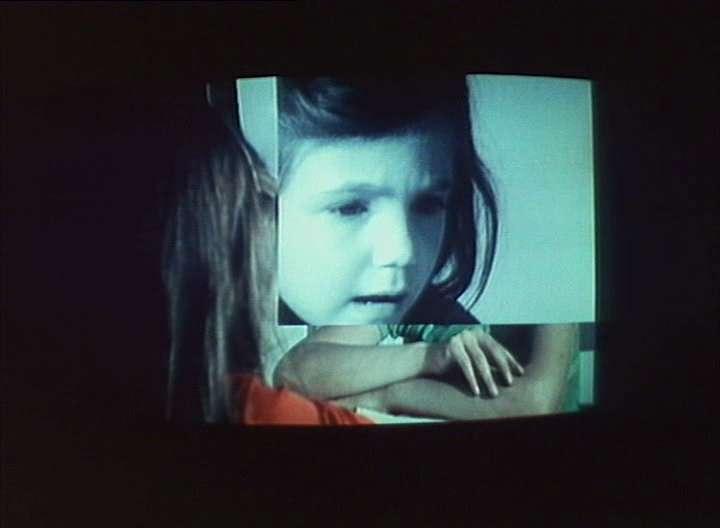 vlcsnap2011050201h00m01 Jean Luc Godard   Numéro deux (1975)
